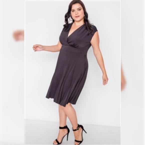 PLUS SIZE BLACK PLEAT ACCORDION FIT & FLAIR DRESS Boutique